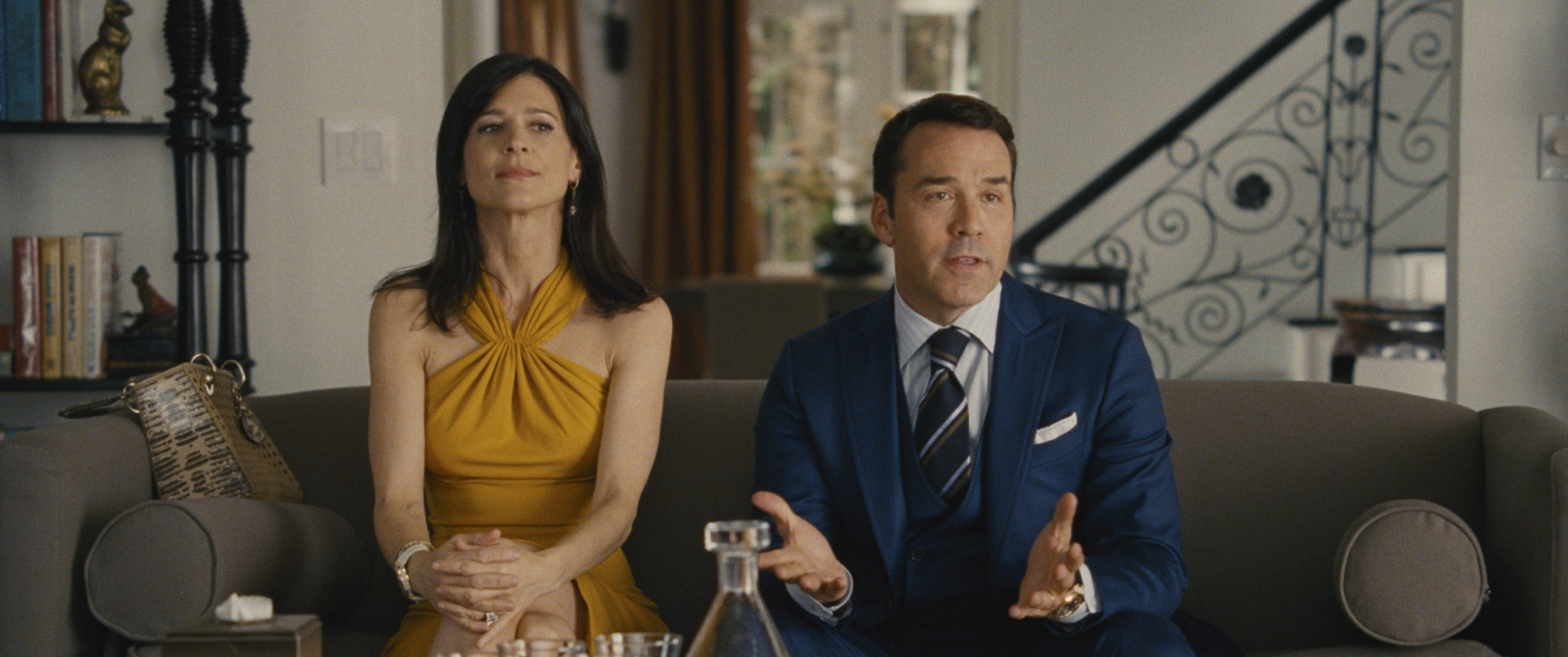 Perrey Reeves and Jeremy Piven in Entourage