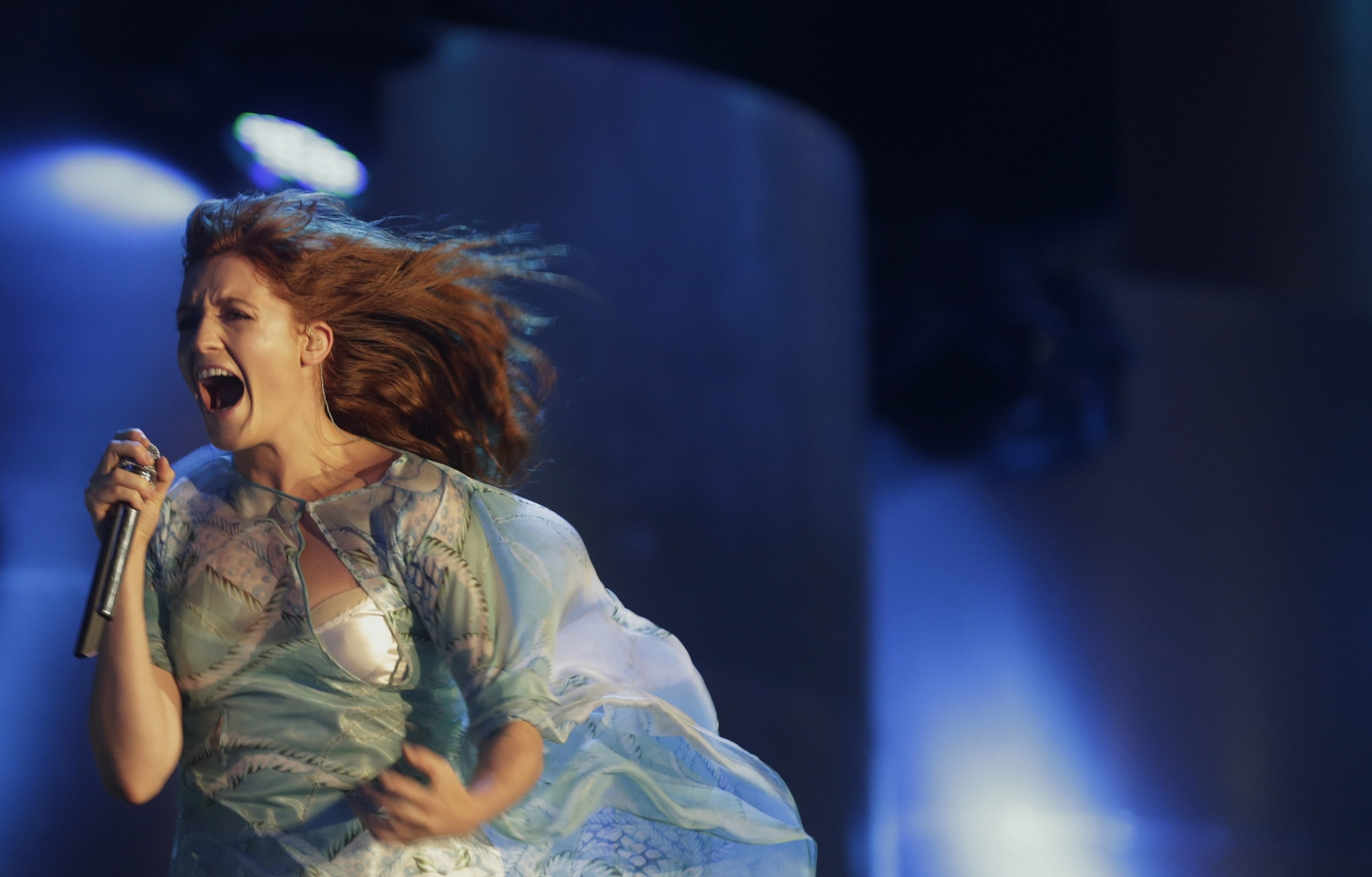 Florence And The Machine performing