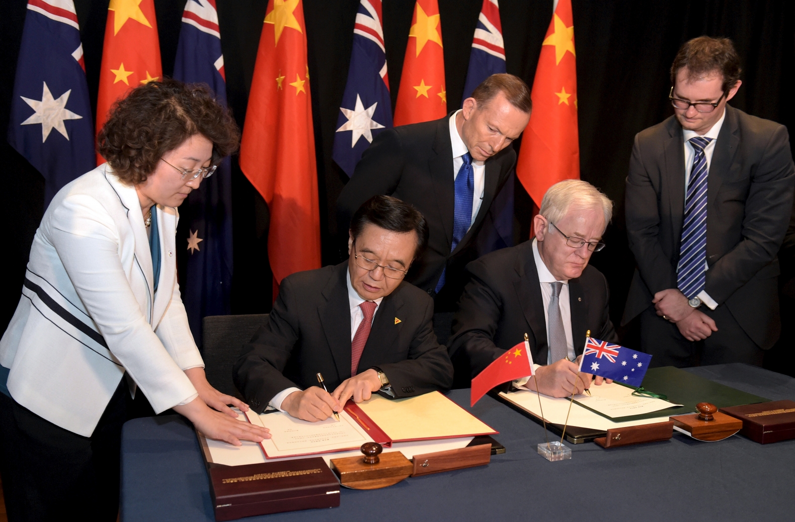 China And Australia Ink Landmark Free Trade Agreement