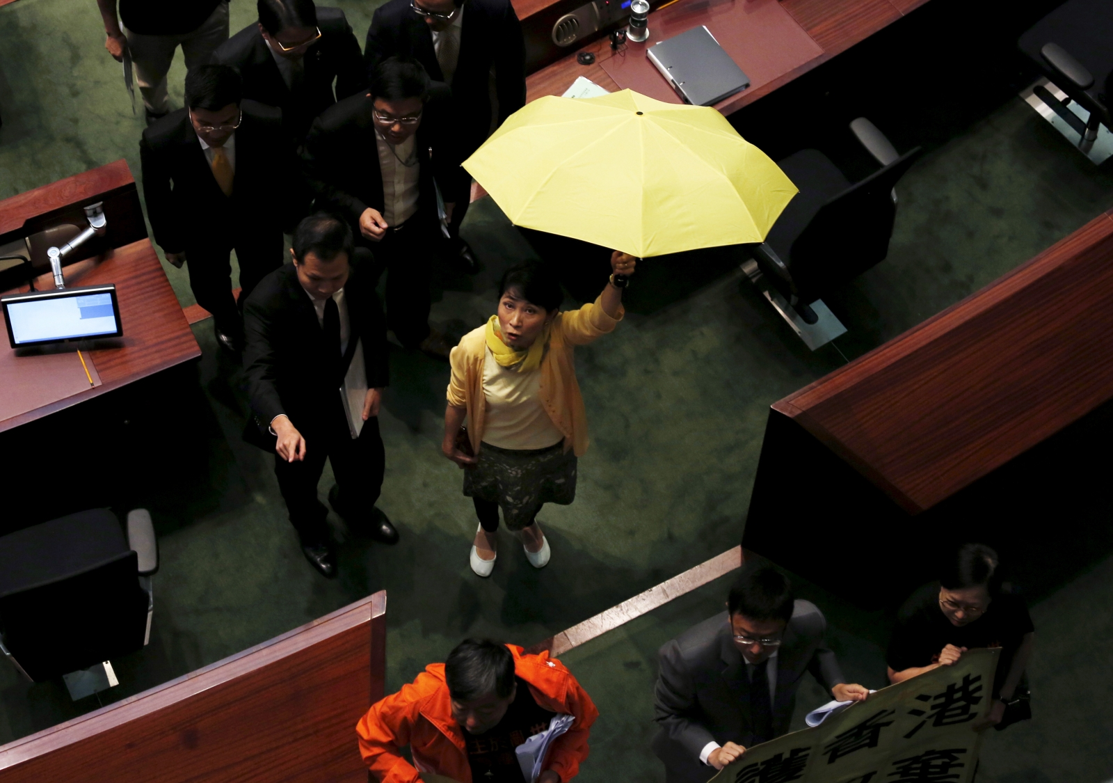 Hong Kong lawmakers reject electoral reform bill