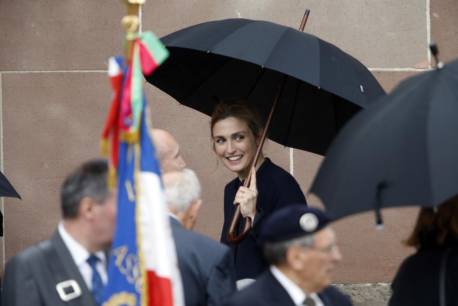 Julie Gayet Hollande France