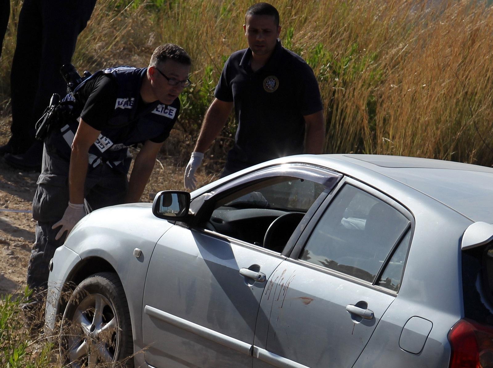 Attack near Dolev settlement, West Bank