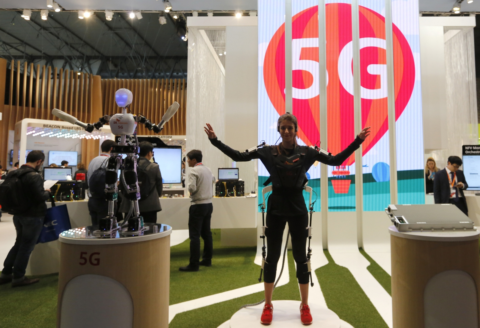 Samsung aims to be a top-three player in 5G mobile networks business