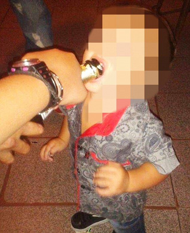 Mother posts pic of child smoking