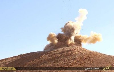 Isis Palmyra shrine blown up