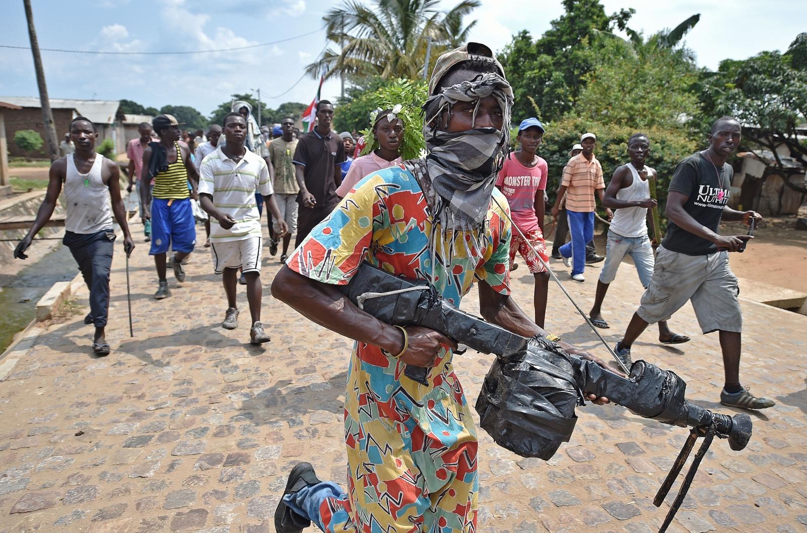 Burundi protests arms