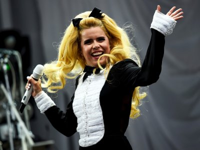 Glastonbury 2015 Paloma Faith performing