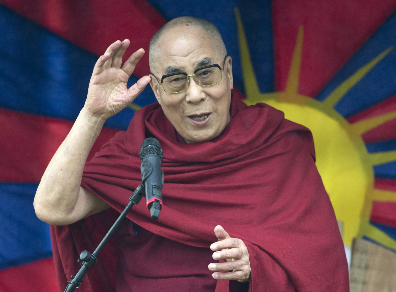 The Dalai Lama addresses the crowd