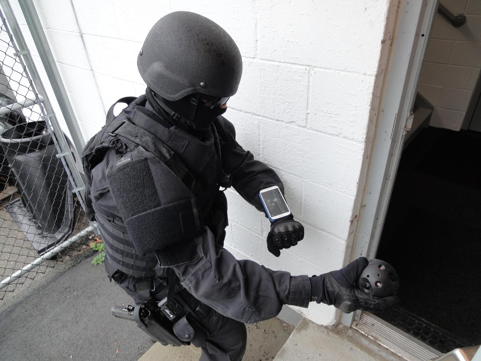 Bounce Imaging Explorer camera ball for police