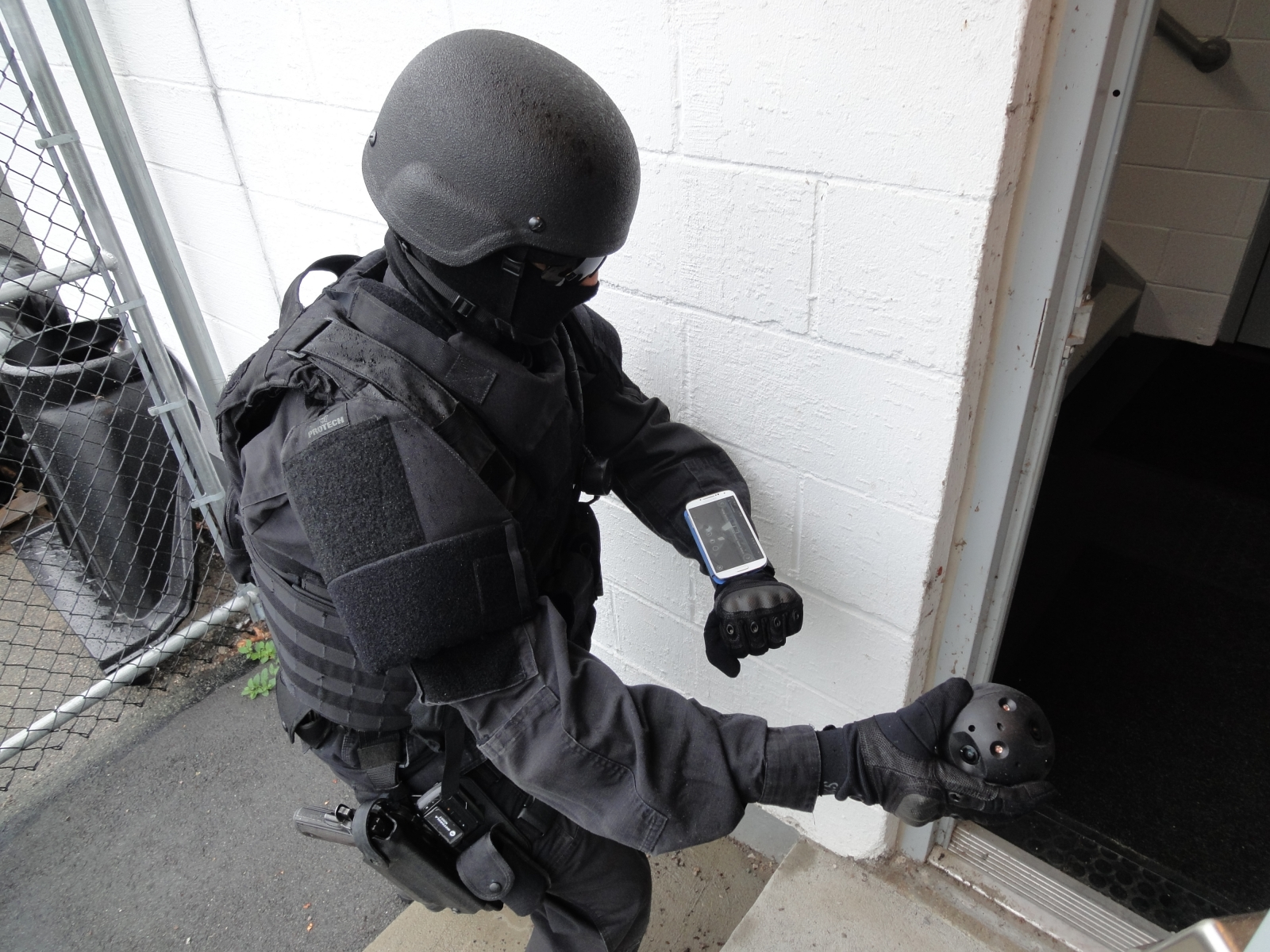 Throwable camera ball gives police safe 360-degree view in ...