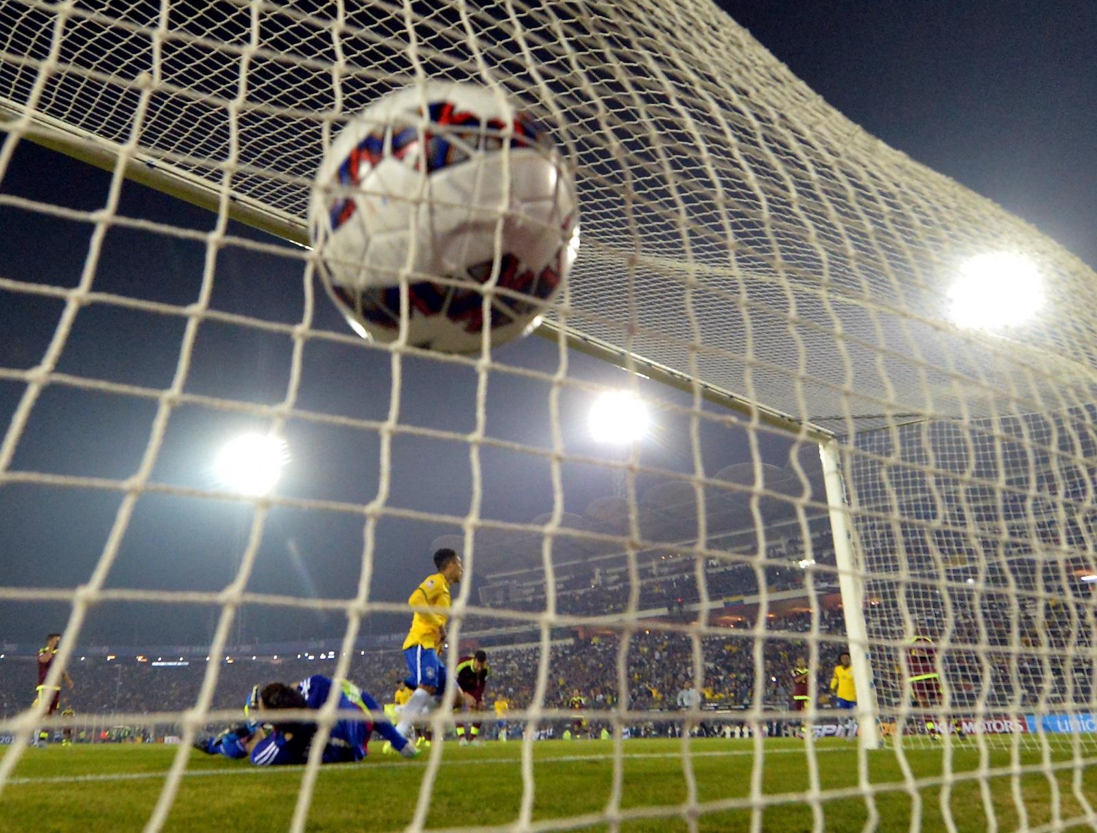 Roberto Firmino goal