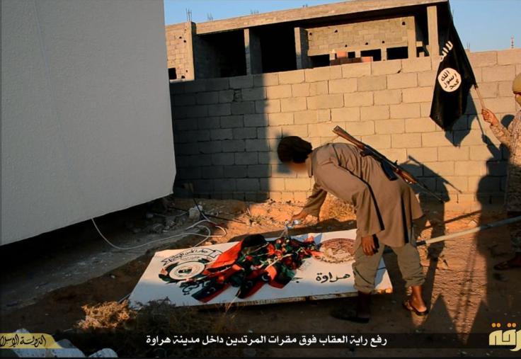 burn libyan flags