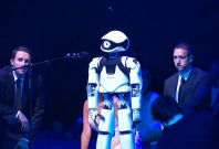 Myon the singing robot staring in opera