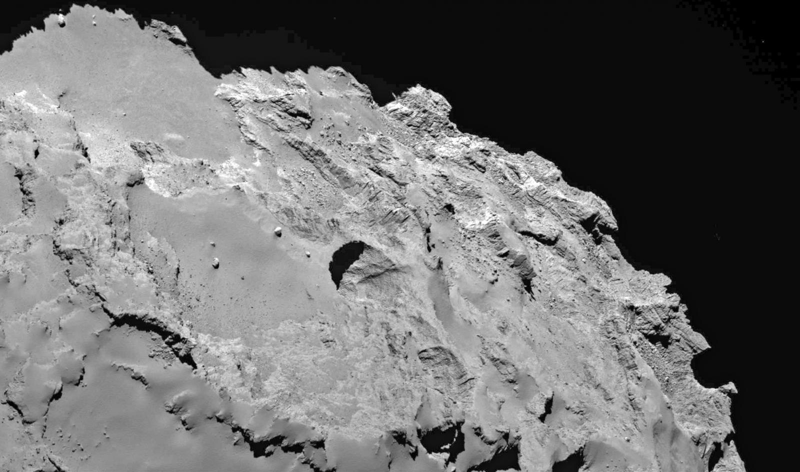sinkholes on comet 67/p