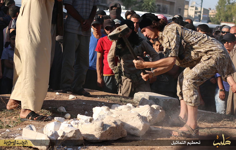 Palmyra statues