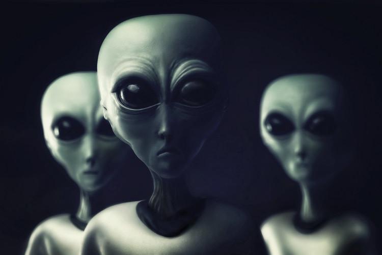Rymdvarelser rasar över kränkande framställning i jordisk science fiction