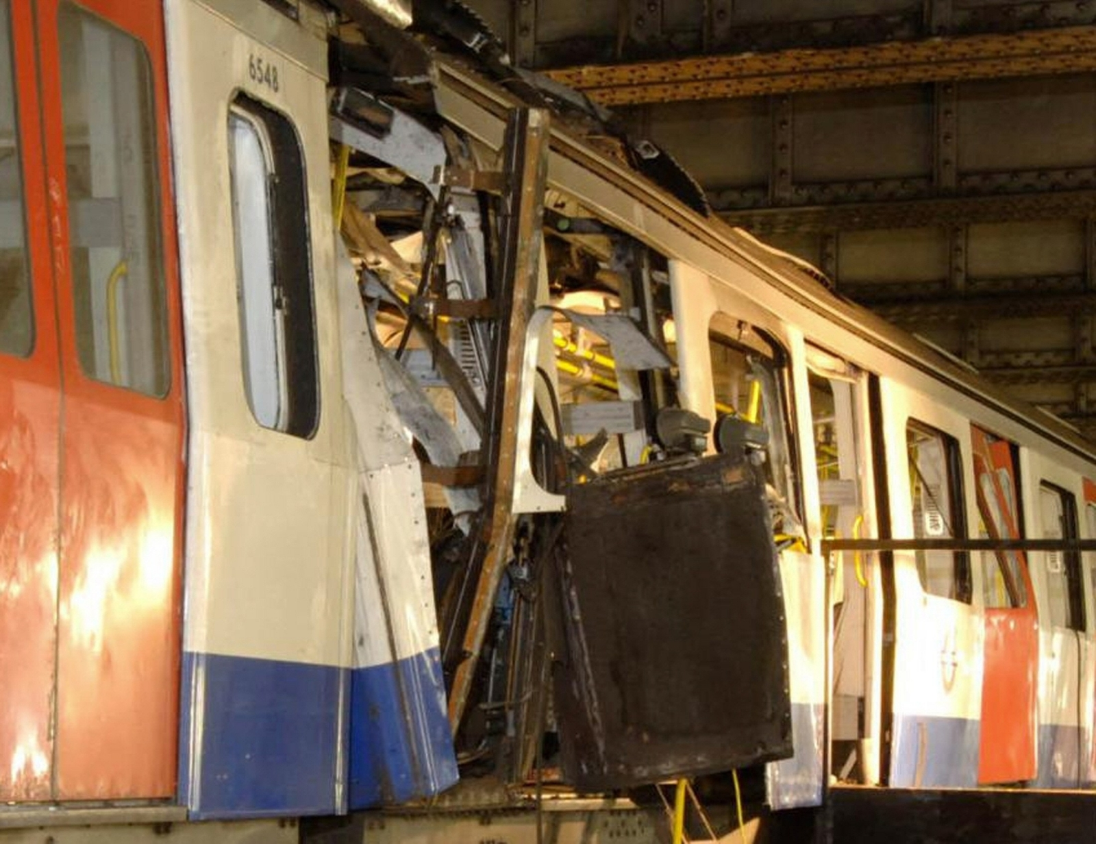 7/7 bombings aldgate train
