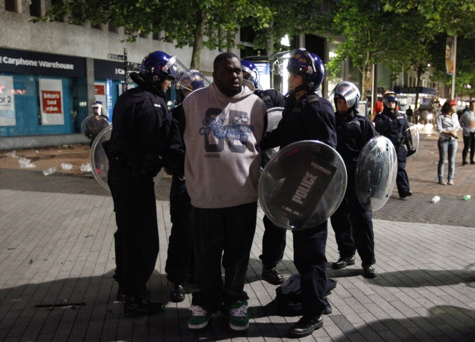 London Riots Rioting Spreads To Birmingham Liverpool