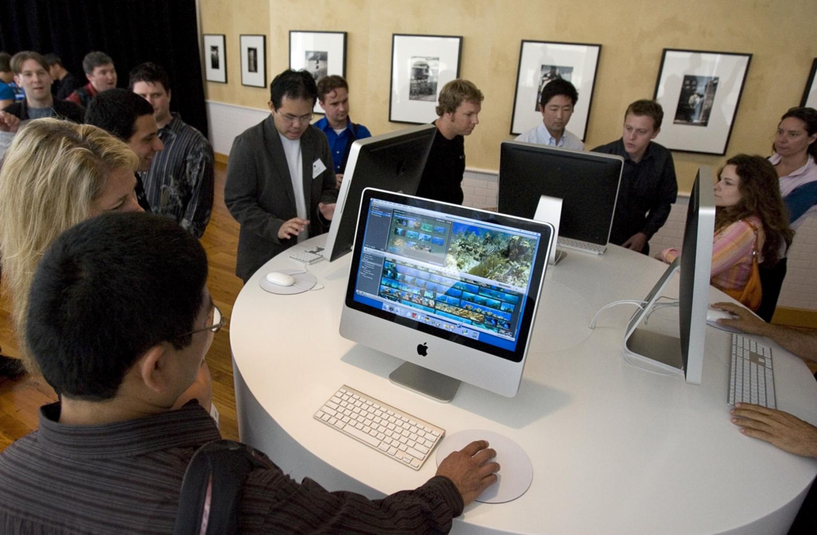 iMac in shop