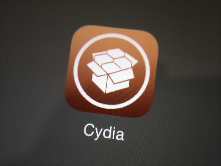 How to easily delete Cydia tweaks