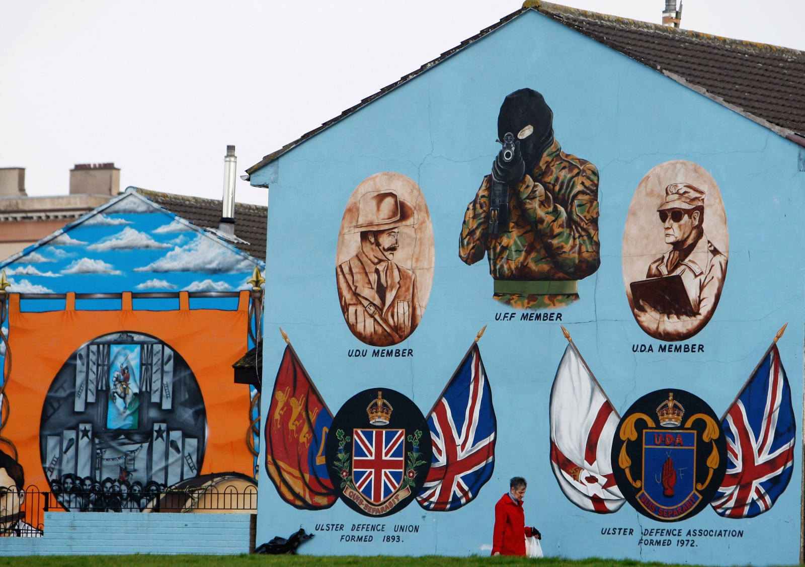 loyalist wall mural