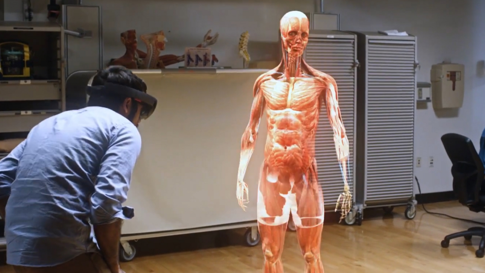an overview of virtual reality technology and its use today Virtual reality technology gives high school students greater insight into what it's like to be someone with suspected mild cognitive impairment, or someone progressing through the continuum of.