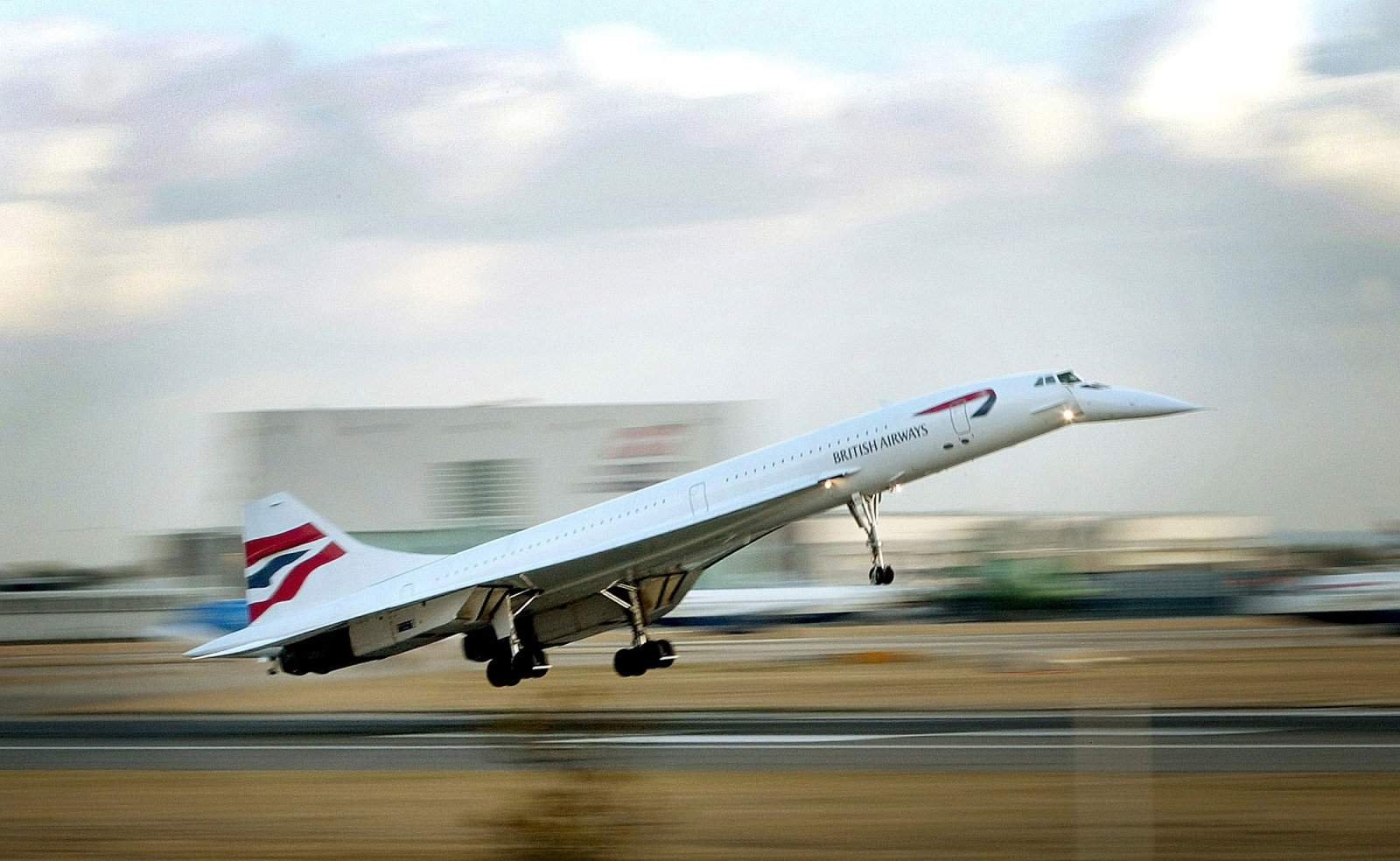 British Airways' very last Concorde passenger flight