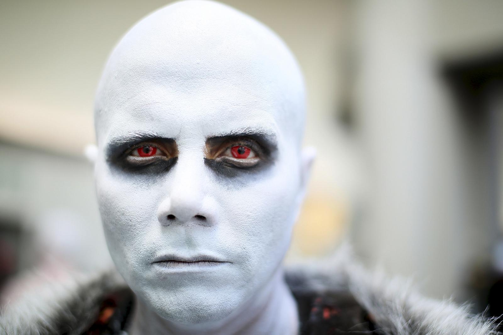 Comic Con white walker game Thrones