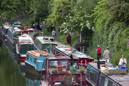 regents canal boat london