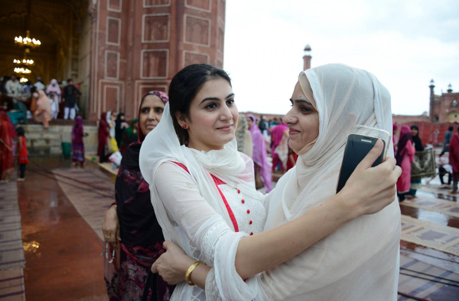 Most Inspiring Celebration Eid Al-Fitr Feast - eid-al-fitr  Pic_49737 .jpg