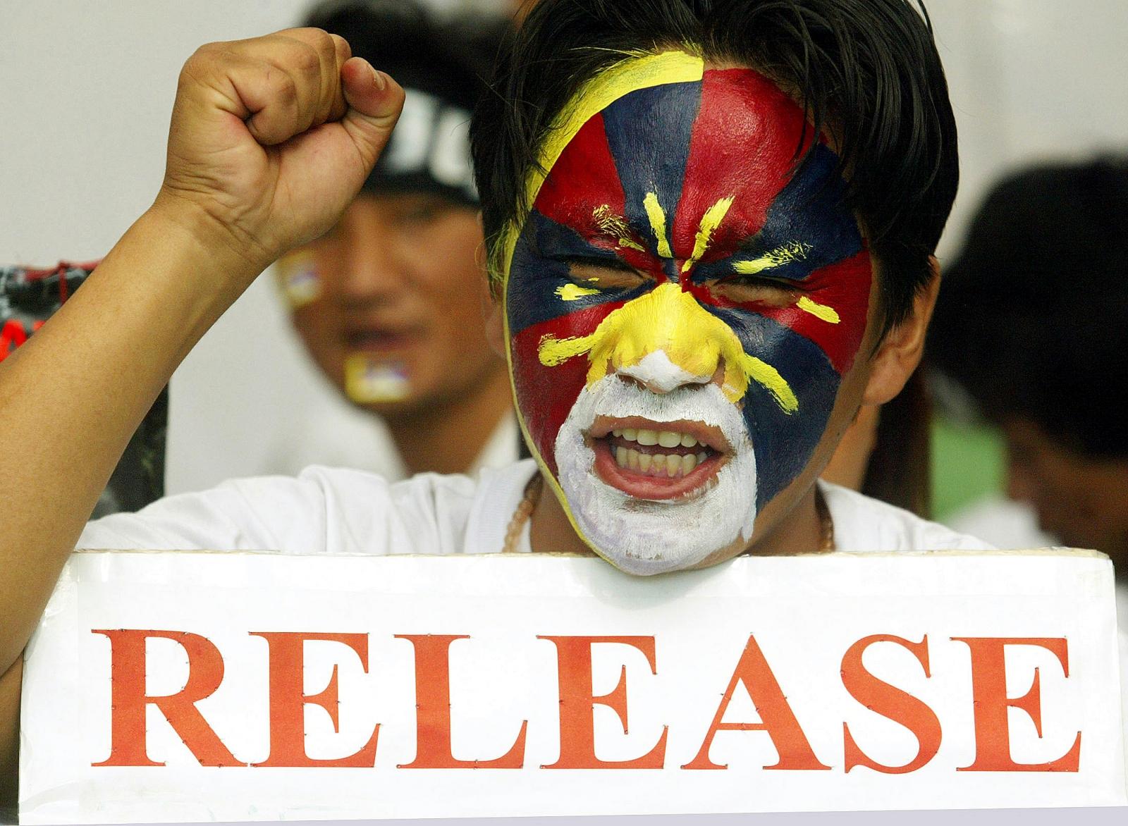 Tibetan monk release