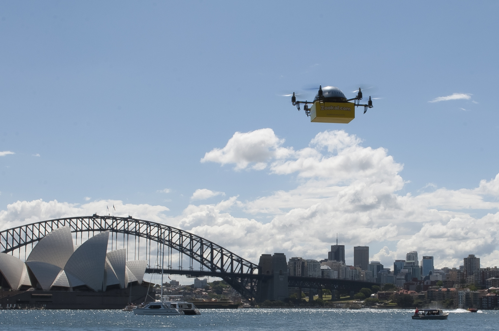 Flirtey drone delivering textbooks in Australia