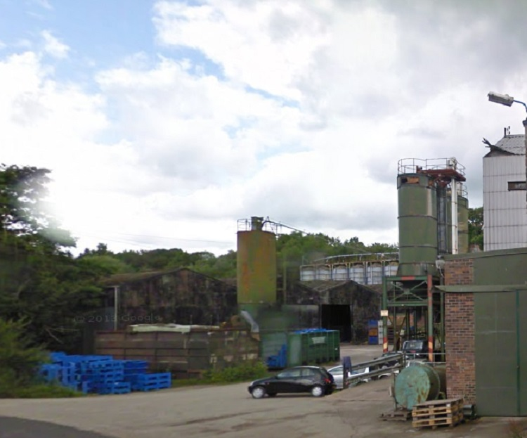 Macclesfield Mill Fire As It Happened Four Trapped After
