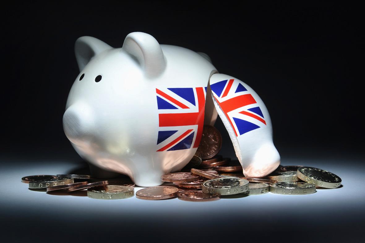 piggy bank money poverty uk