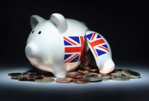 piggy bank money poverty uk