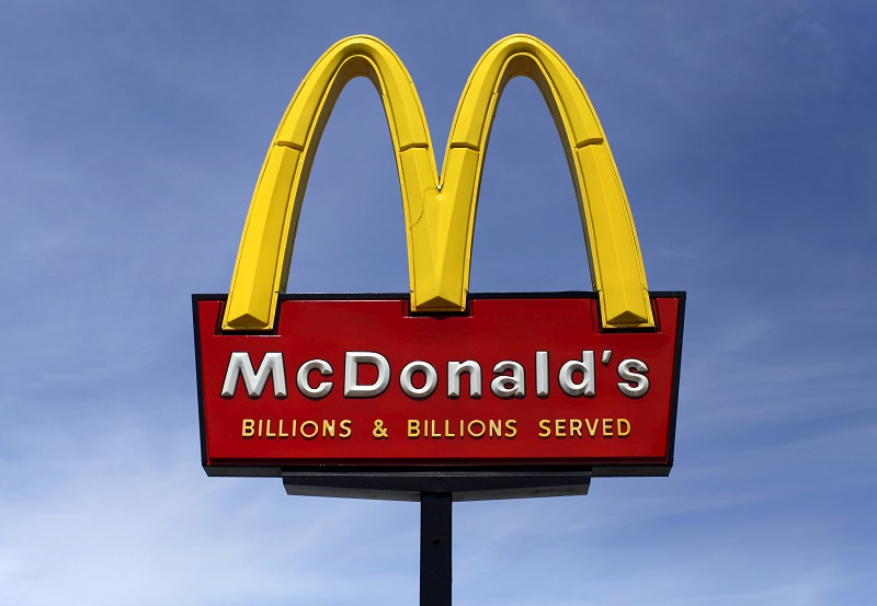 McDonalds sign sky background