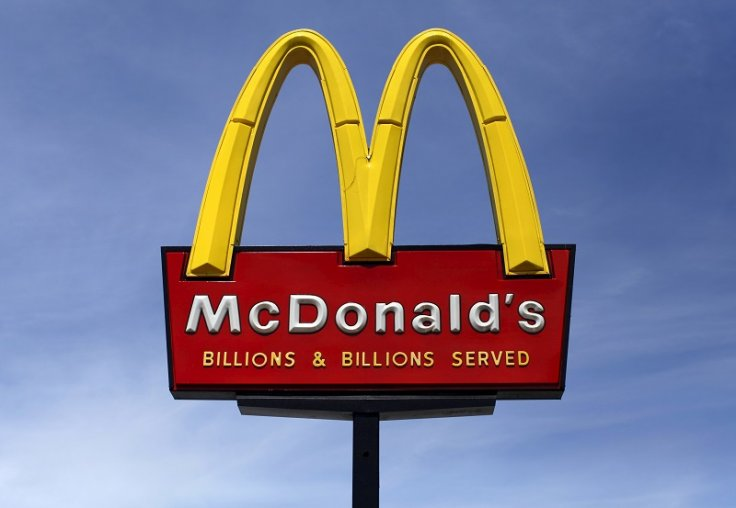 McDonalds sign sky background