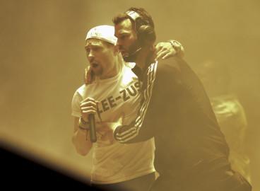 Lee Nelson crashes Kanye West's Glasto set