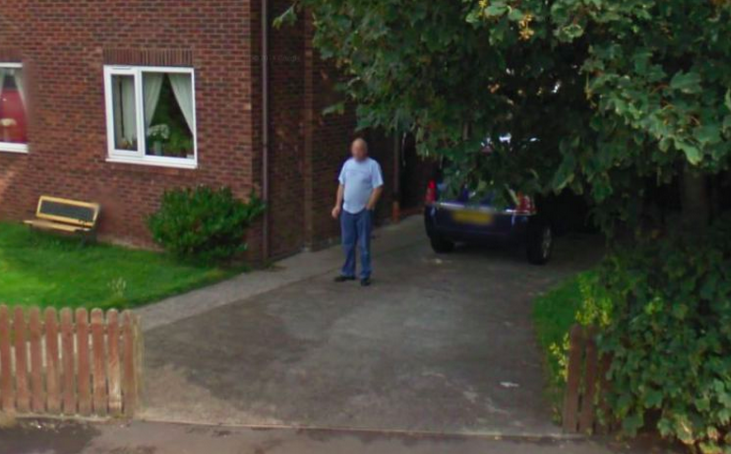 Man Google street view