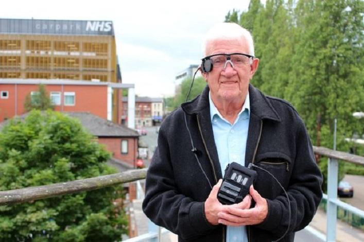 bionic eye transplant first flynn