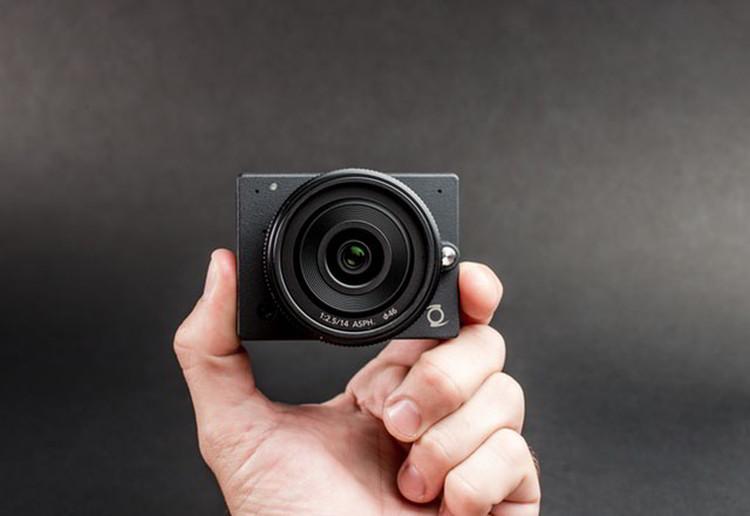 E1: The world's smallest 4K camera