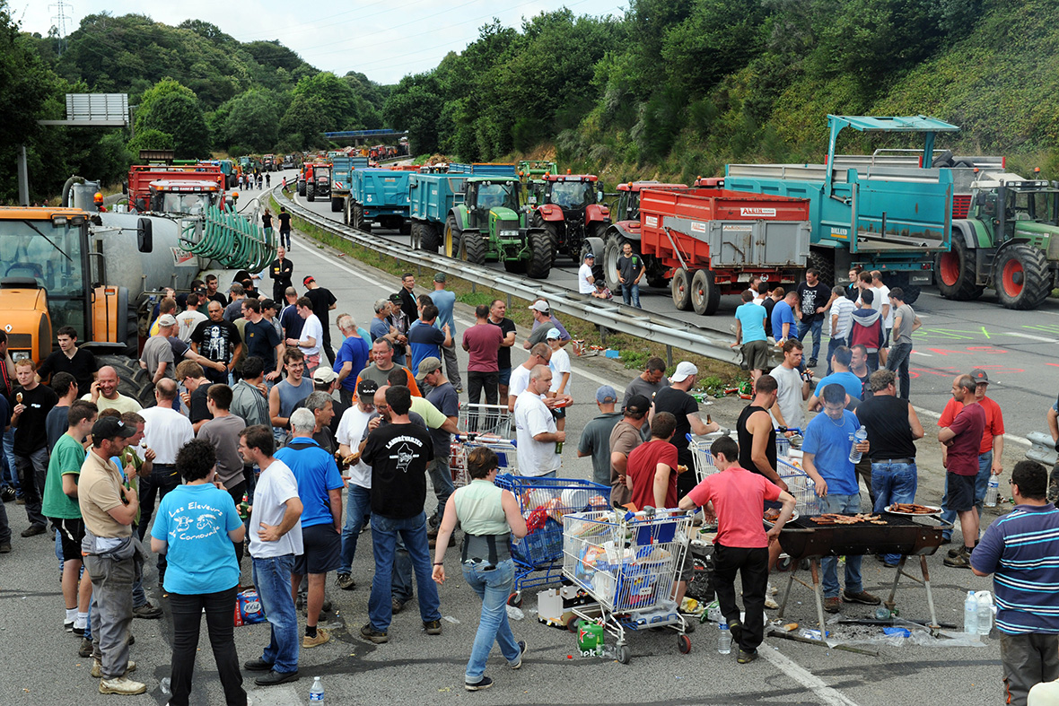 france farmers protest Quimper Brest Brittany