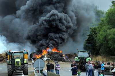 france farmers protest Morlaix Brest Brittany