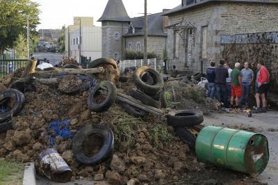 france farmers protest Saint-Brice-en-Cogls Brittany