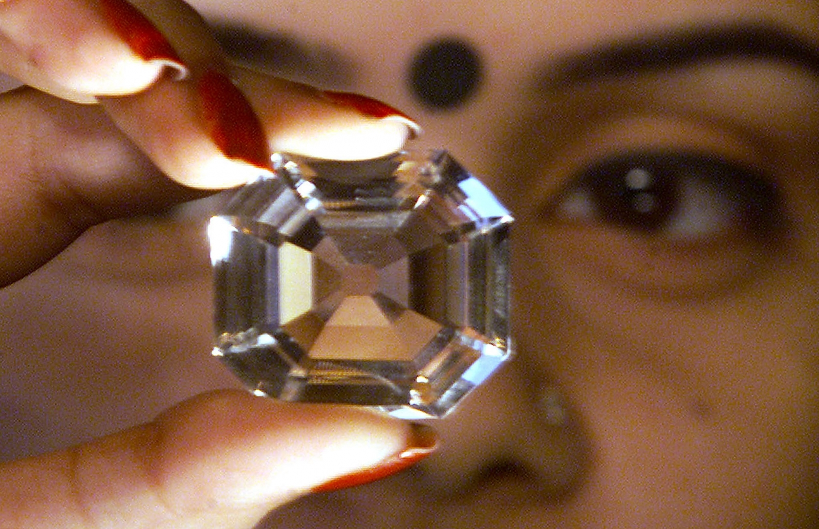 Kohinoor Diamond - British crown jewels