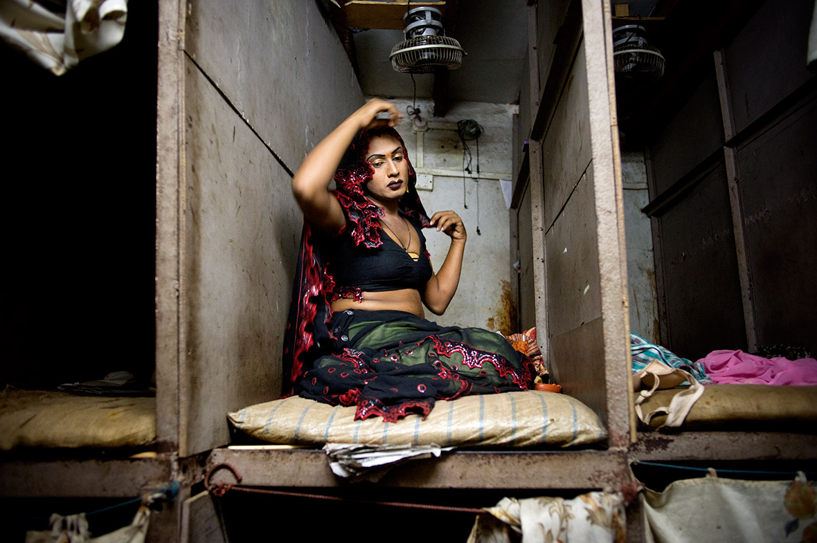 Jonas Gratzer: Powerful pictures by Asia Photographer of the Year 2015