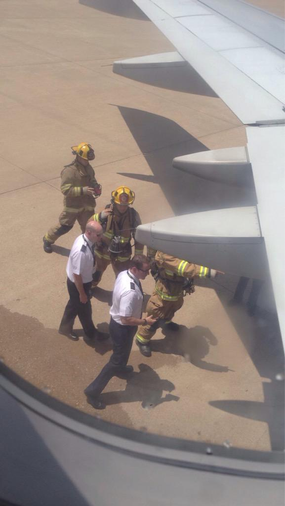 Texas Passengers Forced To Evacuate Two Planes At Dallas