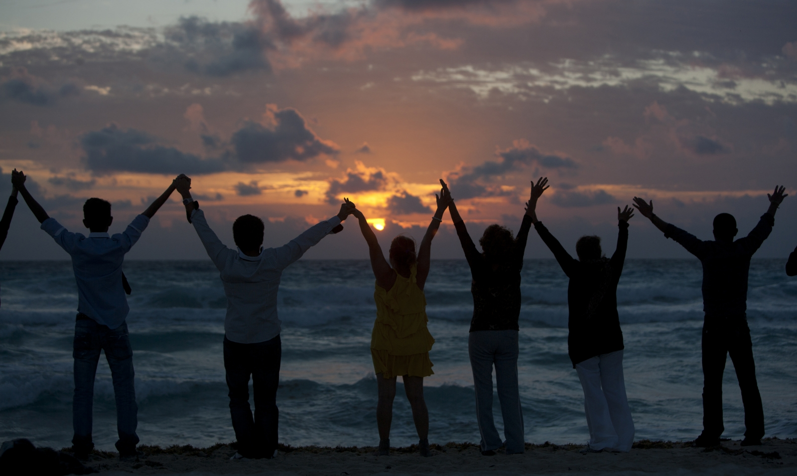 Friendship Day 2015: Top 10 uplifting quotes from famous ...