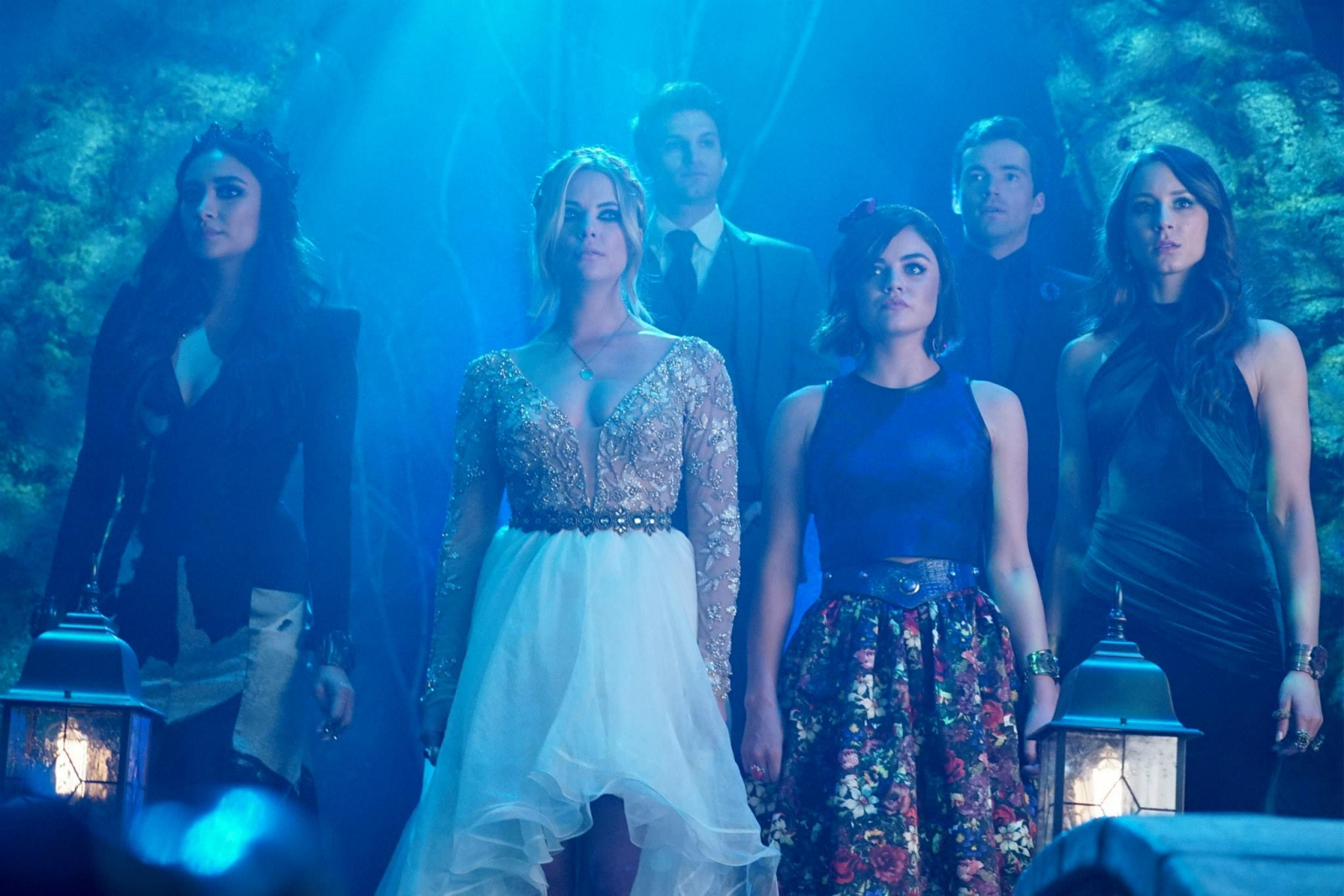 Pretty Little Liars season 6 summer finale: Charles and ...