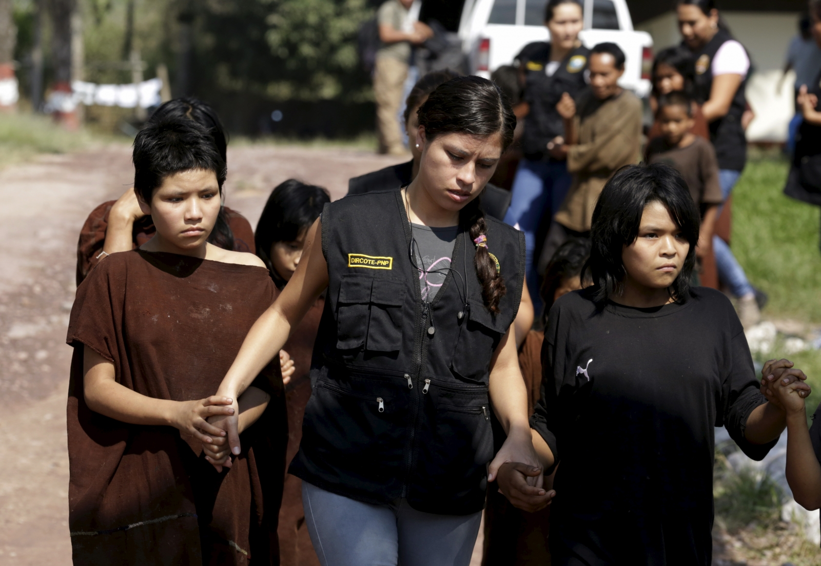 Shining Path Peru captives led to safety